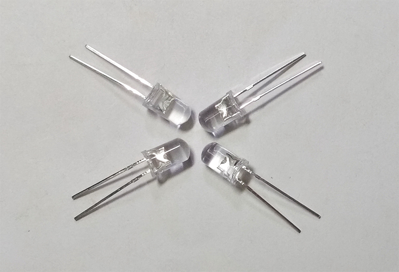 УФ светодиод 5 мм 365 нм (диод ультрафиолетового свечения)