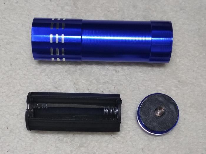 УФ фонарик (UV лампа) для клея, лака, уф-детектор валюты в разборе