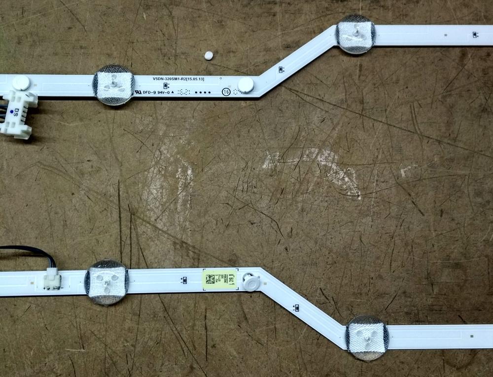 Стринги V5DN-320SM1-R2 - для матрицы JJ032BGE-R1