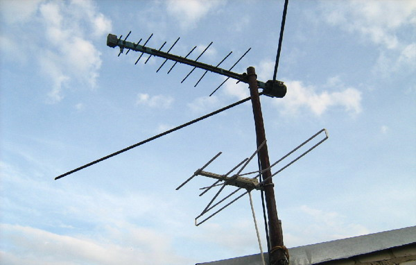 універсальна Зовнішня антена