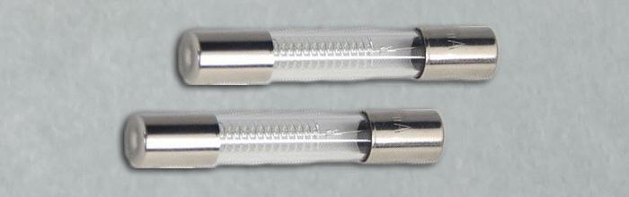 Предохранитель магнетрона для микроволновки 5кВ 0,8А 6x40мм (СВЧ печи)