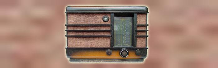 Минск - сетевой ламповый радиоприёмник