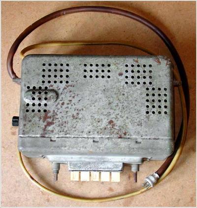 Ламповий радіоприймач А-9 - вигляд зверху
