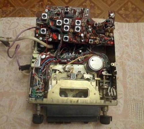 Автомагнітола Старт-203 схемотехніка
