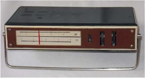Радіоприймач Юнга - верхня панель
