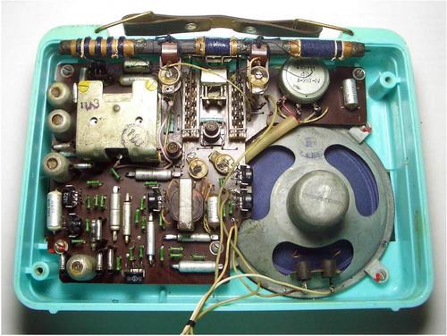 Транзисторний приймач Атмосфера - схемотехніка