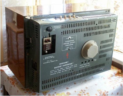 Кольоровий телевізор Рубін-401 - вигляд ззаду
