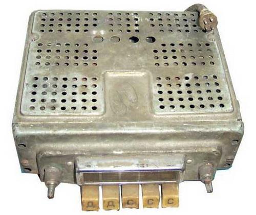 Радіоприймач А-12 - верхня панель